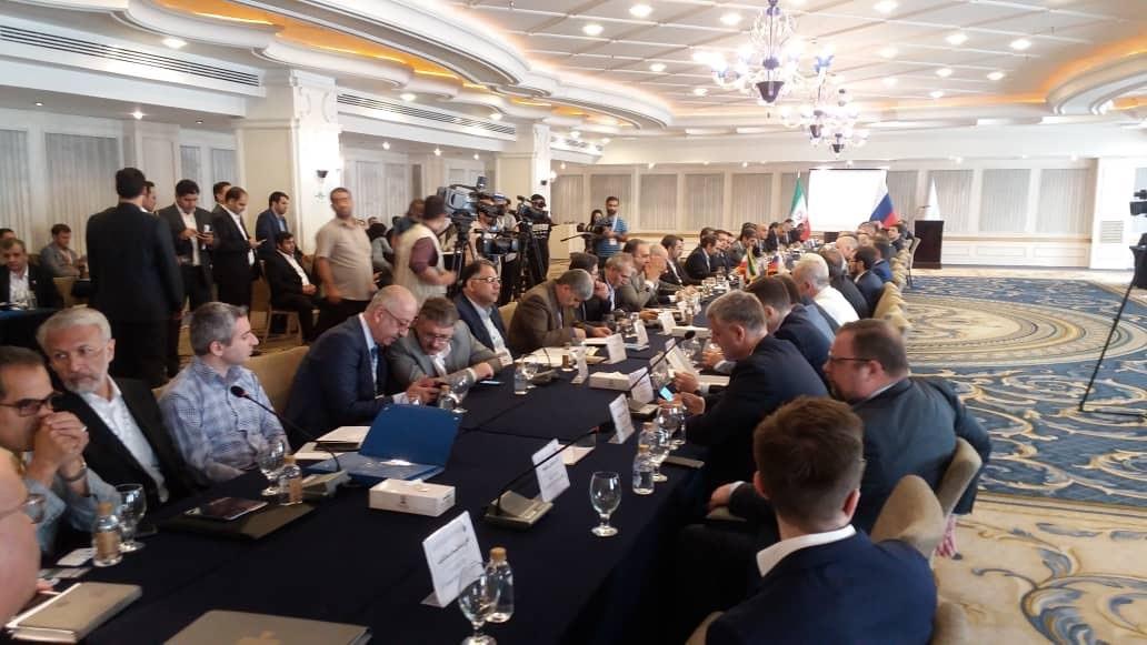 وزیر نیرو:مناطق آزاد تحریم ها را کم اثر میکنند